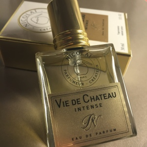 Vie de Chateau Intense © 2015 Liam Sardea